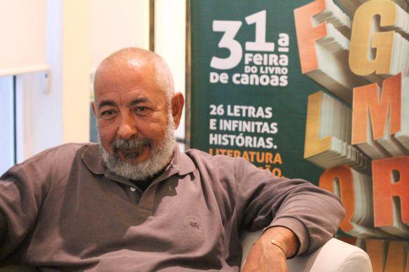 """Padura: """"Sou de uma geração cubana que viveu a revolução e depois perdeu possibilidades de realização"""""""