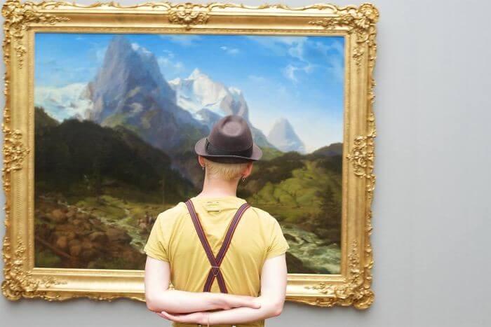 pessoas-combinam-quadro-museu-awebic-14