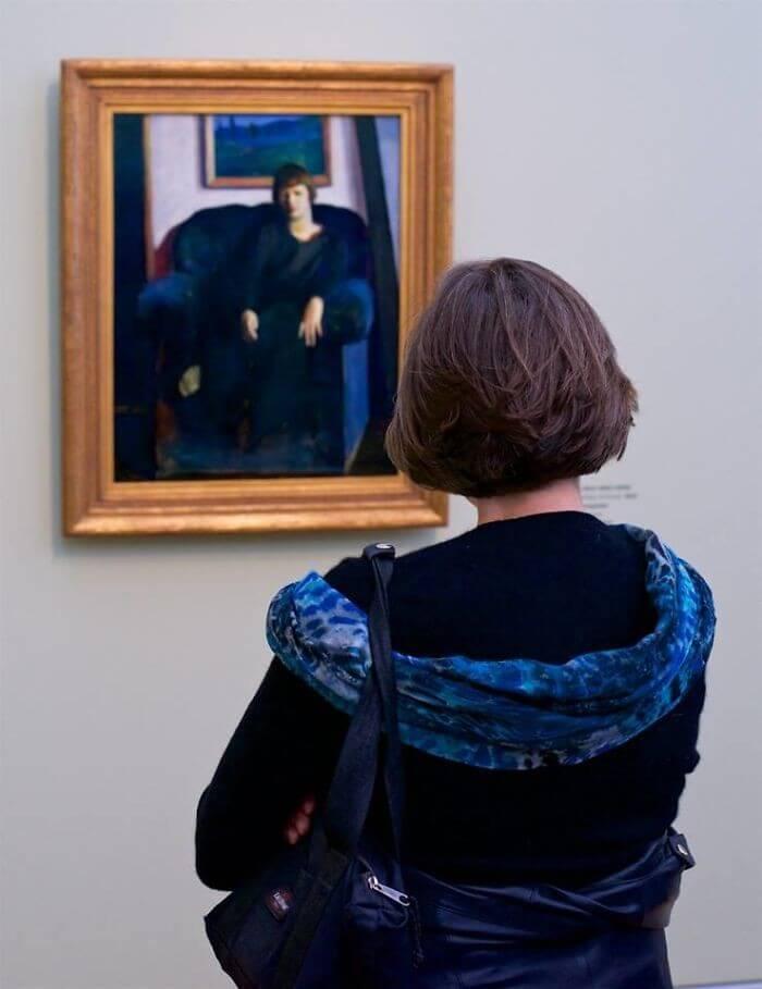pessoas-combinam-quadro-museu-awebic-21