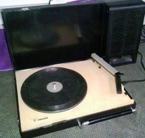 Toca-discos da Philips: o meu era azul e branco