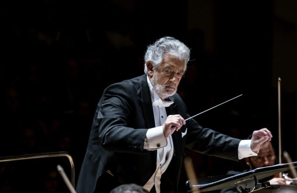 Plácido Domingo: concertos cancelados nos EUA e ovação na Europa