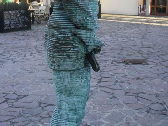 O cara gira, esguichando | Foto: Milton Ribeiro