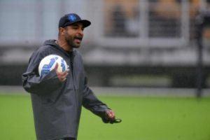 Roger Machado: com um time insuficiente para a Libertadores
