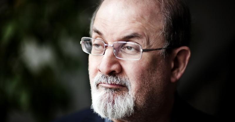 Salman Rushdie mete sua colher na questão do cancelamento da biografia de Philip Roth