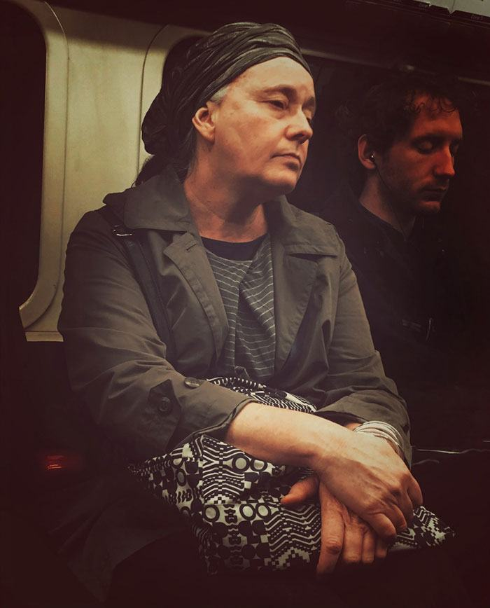 secret-subway-portraits-16th-century-tube-passengers-matt-crabtree-3-57626c739c874__700